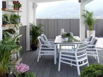 medium loungeset met 6 aria kunststof tuinstoelen en een kunststof tuintfafel